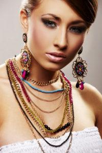 Os vários tamanhos dos colares