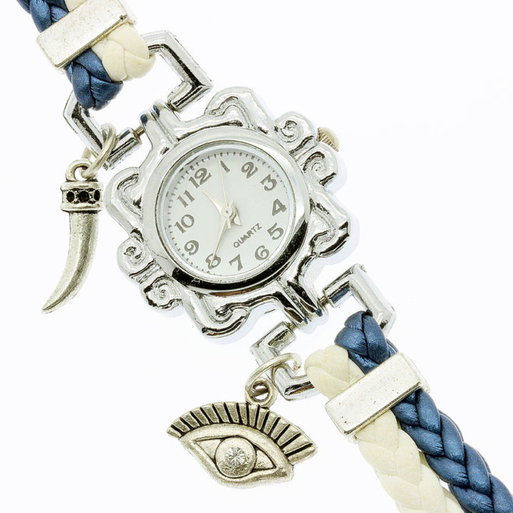 Relógio com olho de Horus