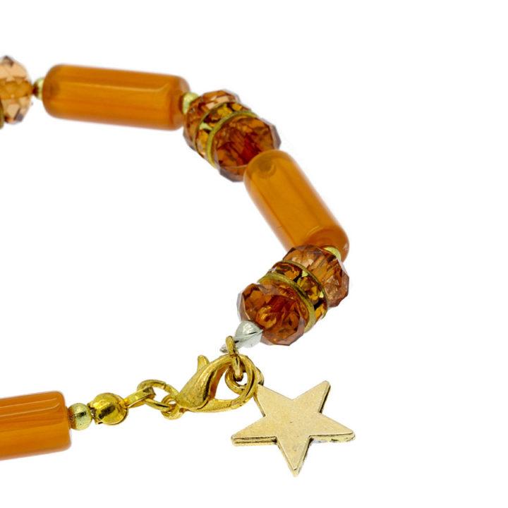 Pulseira com pendente estrela dourada