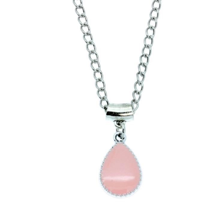 Colar com pendente gota rosa