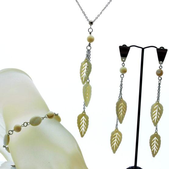 Conjunto colar brincos e pulseira folhas madrepérola