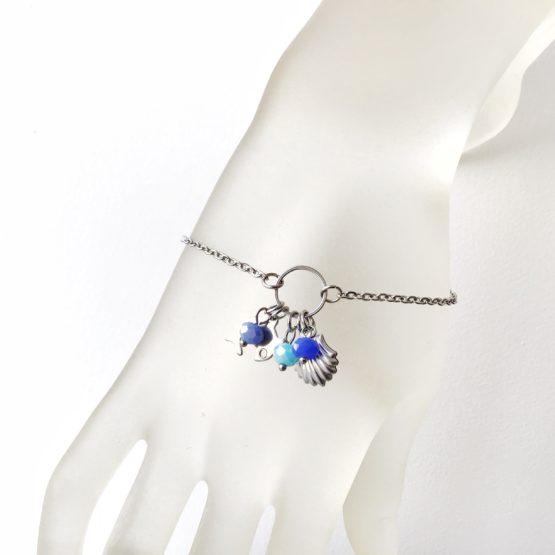 Pulseira com motivos do mar e cristais azuis